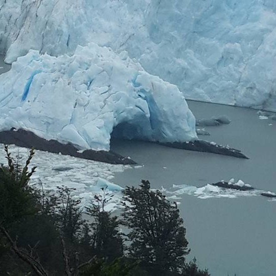הקרחון המתנפץ ארגנטינה