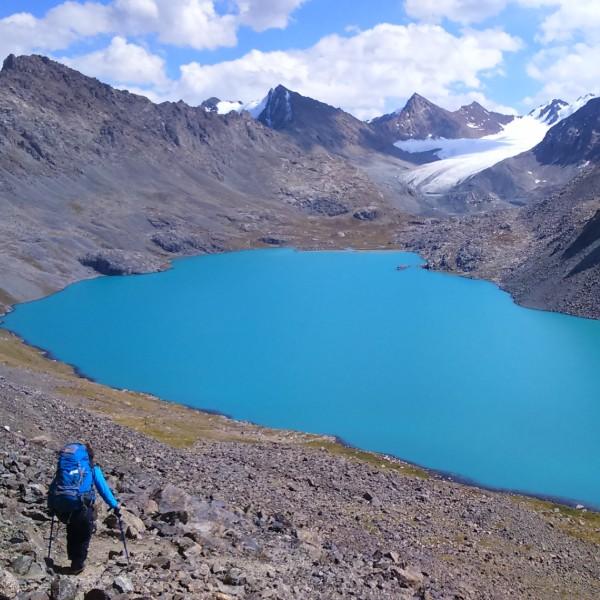 טרק לאגם אלה-קול קירגיסטן