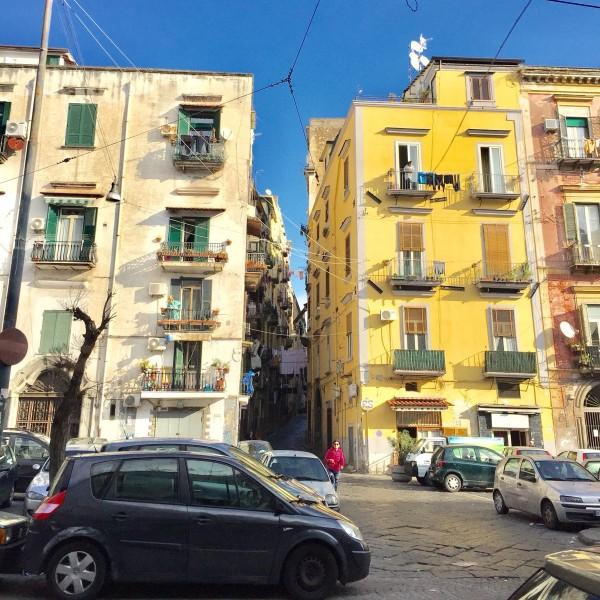 יום טיול בנאפולי