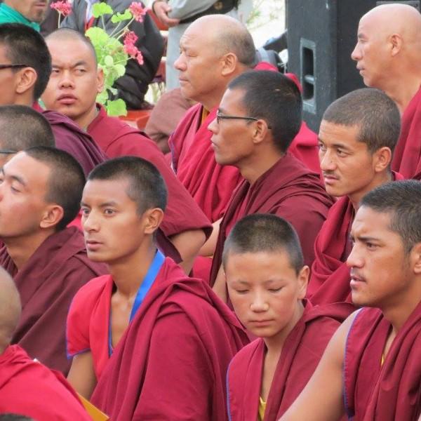 נזירים טיבטים הודו