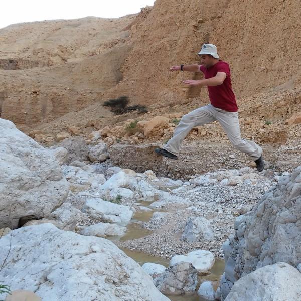 בולדרים בגיא סלעים