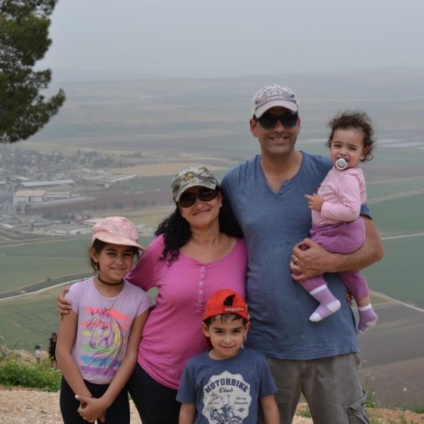 משפחת לוי בעמק החולה